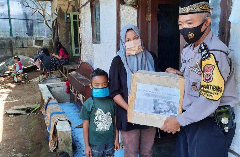 Jabar Bergerak Berkolaborasi dengan Binmas Desa Bendungan Santuni Anak Yatim dan Alat Pembersih Mesjid Kepada DKM Baburahman