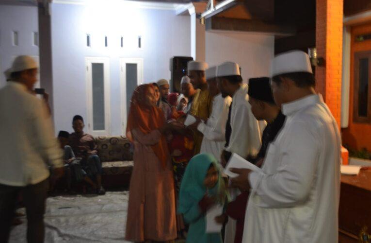 Ikatan Remaja Mushola Al-Muqorobin Pancawati Santuni Anak Yatim