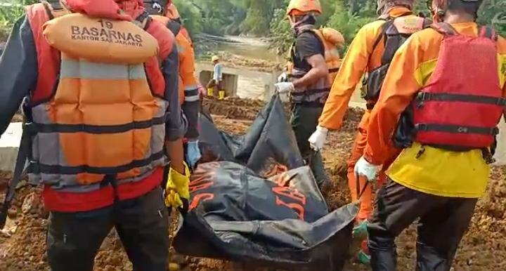 Korban Terakhir Banjir Bandang Cicurug Berhasil ditemukan Tim SAR Gabungan