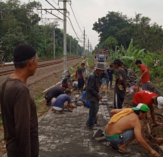 Pemdes Tenjo Alokasikan Dana Desa untuk Pembangunan Infrastruktur Jalan